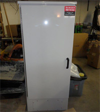 New-Emerson-200-amp-power-cabinet-4