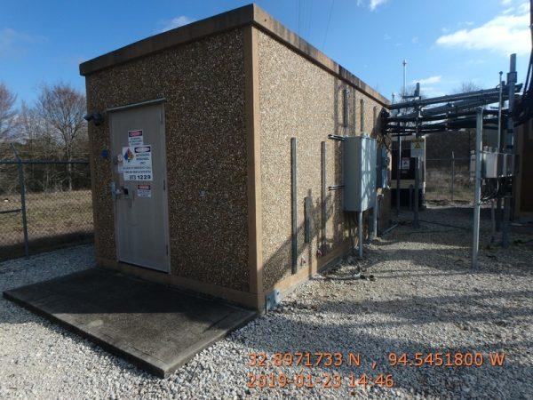 """11'6"""" x 20' Sabre Concrete Shelter"""